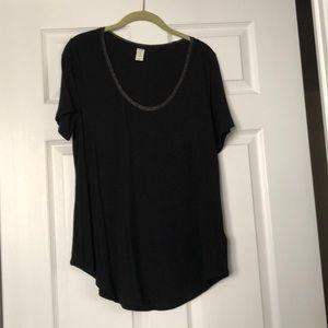 Black luxe t-shirt with sparkly neckline trim